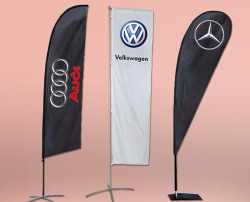 Bandiere per concessionaria e saloni satellite